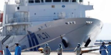 Coronavirus: US to evacuate citizens from quarantined ship in Japan
