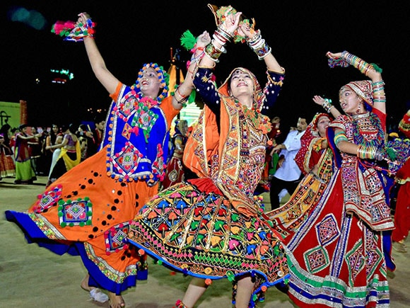 Navratri 2016 Garba Pictures That Will Inspire You