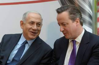 Benjamin Netanyahu and David Cameron at the Teva pharmaceutical plant in Jerusalem in March 2014. (Amos Ben Gershom/GPO/FLASH90