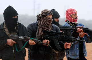 Members of the Free Syrian Army attend a weapons training session outside Idlib, Syria, Tuesday, Feb. 7, 2012. (AP Photo)