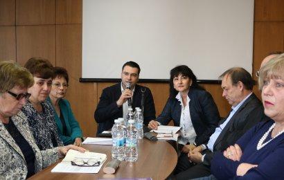 Калоян Паргов: Трябва да се върне достойнството на учителската професия