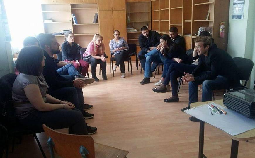 """На 21.05. МО Сердика организира дискусионен форум на тема """"Интернет и комуникации в рамките на политическия свят"""""""