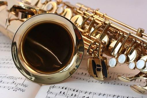 Musikinstrument als Jugendlicher erlernen