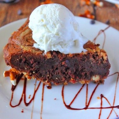 Peanut Butter Brownie Pie & COOKBOOK GIVEAWAY