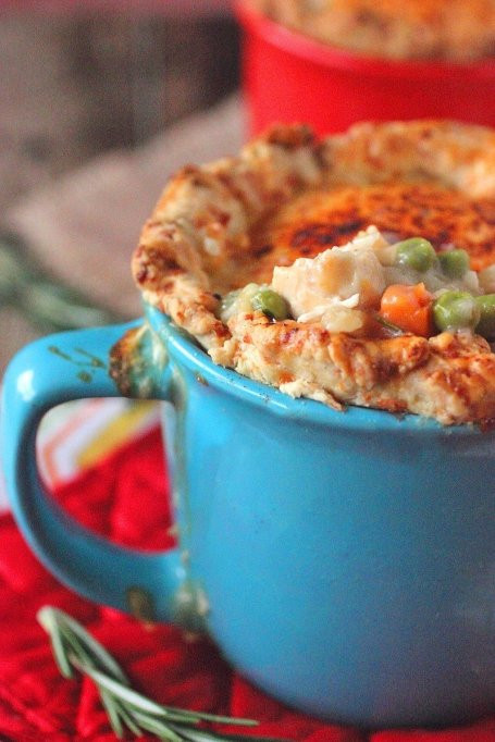 Chicken Pot Pie with Cheddar and Rosemary Crust