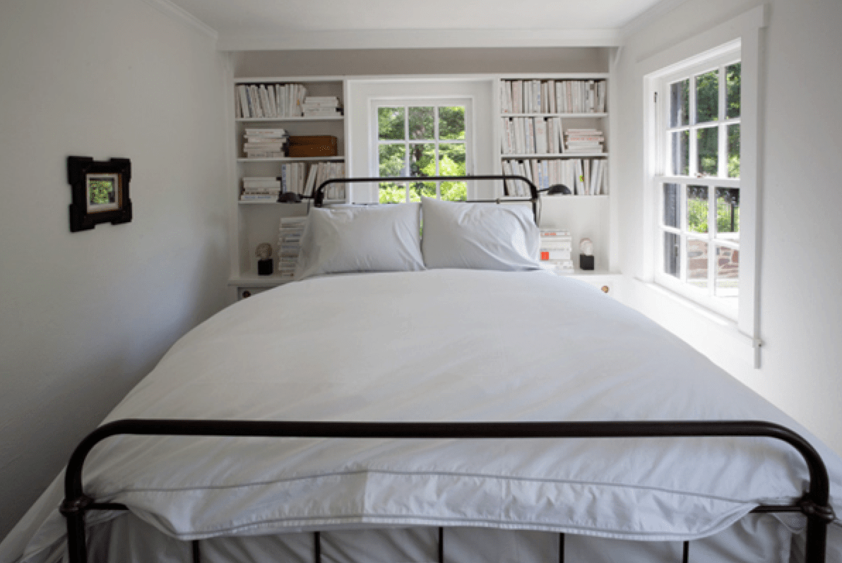 Staging small bedrooms to sell your house on Small Rooms  id=35833