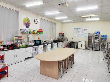 Food processing laboratoty