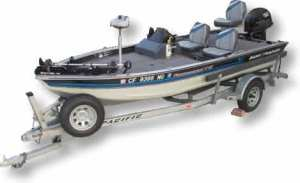 Toy Boat 1 - Tracker TV-17
