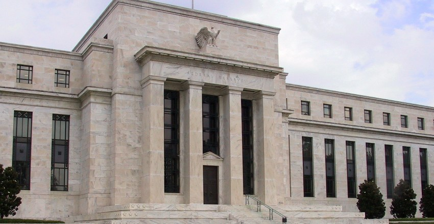 New Report Details Bitcoin's Potential Threat to the Federal Reserve