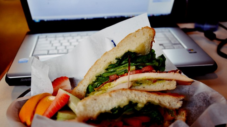 Pita Bread Munchers Could Steal Bitcoins from Public Laptops