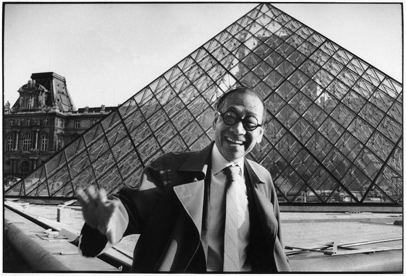 Architecte IM Pei, Pyramide du musée du Louvre, Paris, 1993