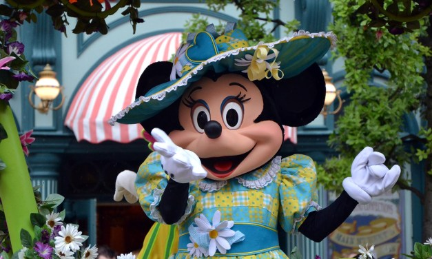 What Is the Best Age to Visit Disneyland with Kids?