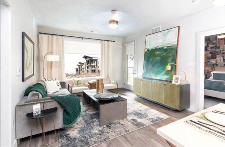 Soleil Lofts multifamily project, Herriman, Utah - lounge area