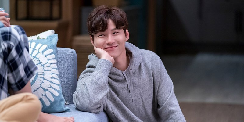 Yoon Ji On(ユン・ジオン)のプロフィール❤︎【韓国俳優】
