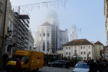 A TV crew was preparing for a live broadcast from the Passau Cathedral