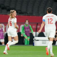 Cooled Chile: Janine Beckie brace helps CanWNT to pivotal 2-1 over resilient Chile, setting up dramatic Great Britain Group E finale