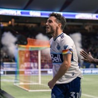 Sporting Surprise: Teibert screamer helps Vancouver Whitecaps pick up massive 2-1 win over Sporting Kansas City to resuscitate playoff hopes with 5 games to go