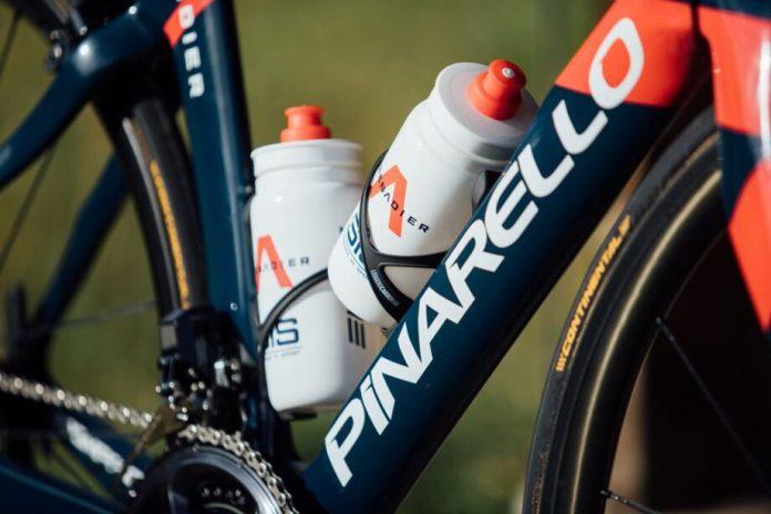 A Pinarello Dogma F12 Da Ineos Grenadiers Para O Tour De France