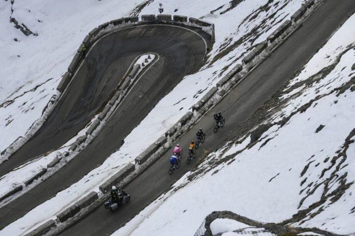 Ruben Guerreiro Vencedor Virtual Da Classificação Da Montanha Do Giro D'italia