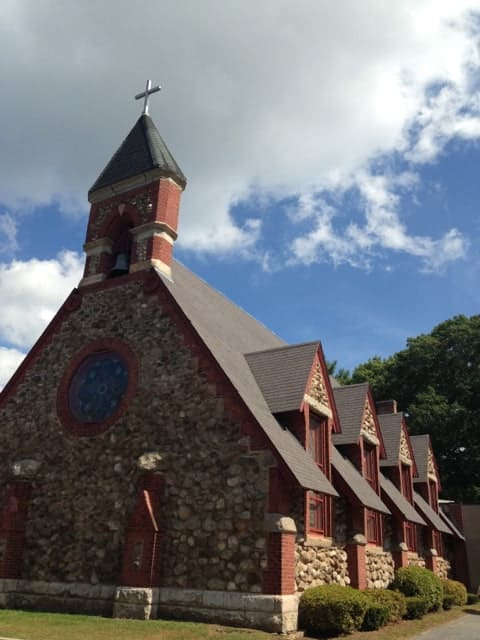The present-day Christ Church in Pomfret, Conn. is younger than the Christ Church building the Whistlers would have known. Photo by Kate Abbott