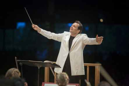 Andris Nelsons will lead the BSO in a brass extravaganza. Photo by Marco Borggreve