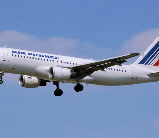 Air France vliegtuig in de lucht
