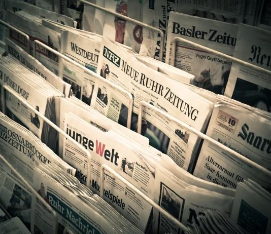 Nieuws Dagblad Pers Kranten Informatie Lezen