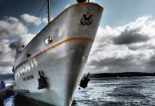 zeeschip boot schip ferry vissersboot zee