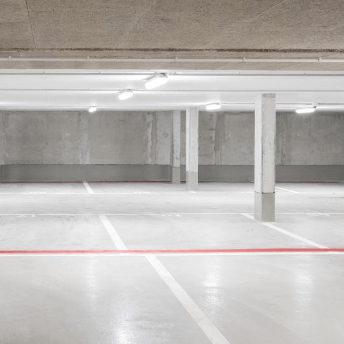 Parkeerplaatsen in PArkeergarage