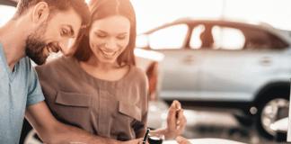 Autohandelaar auto kopen autodealer