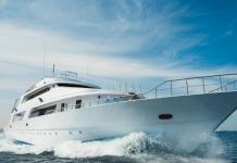 Jacht motorjacht pleziervaartuig