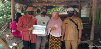 Pemdes Srigunung & Panca Tunggal Sungai Lilin Bagikan BLT Dana Desa