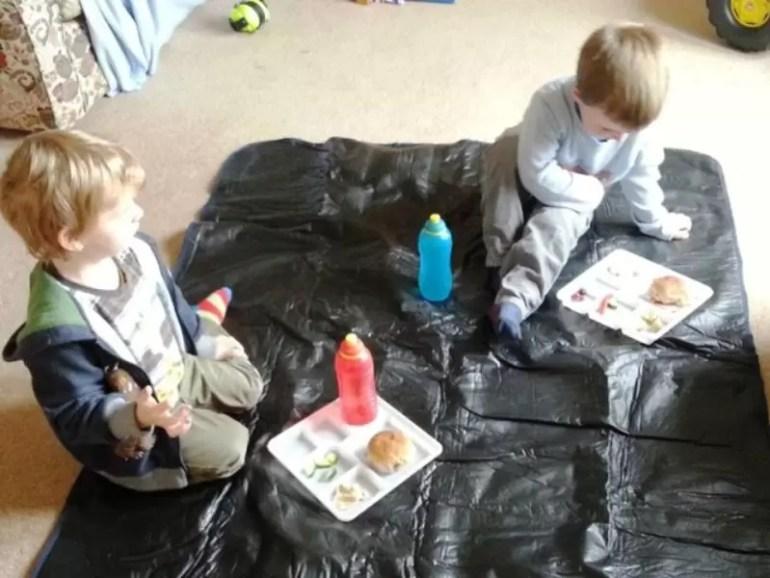 indoor-picnic.