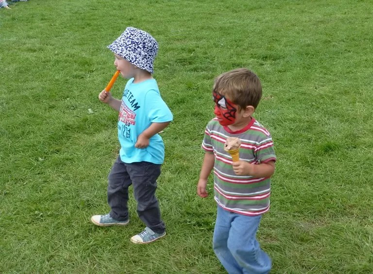 ice lolly and ice cream time at Treefest