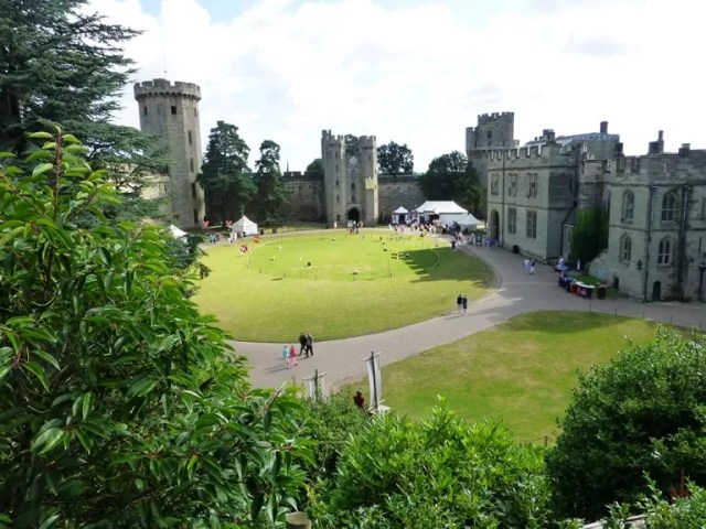 warwick castle green