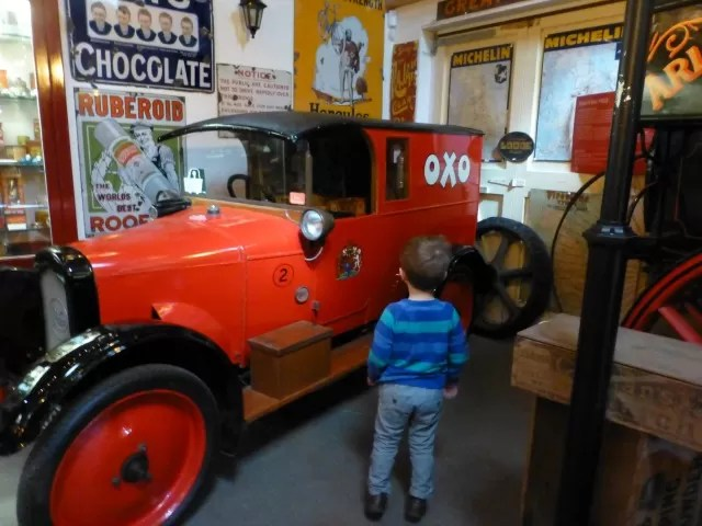oxo van at cotswold motor museum