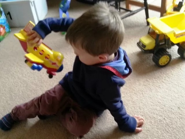playing with peppa pig muddy puddle jumbo jet