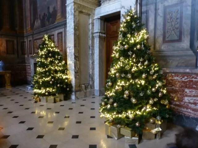 blenheim palace christmas trees