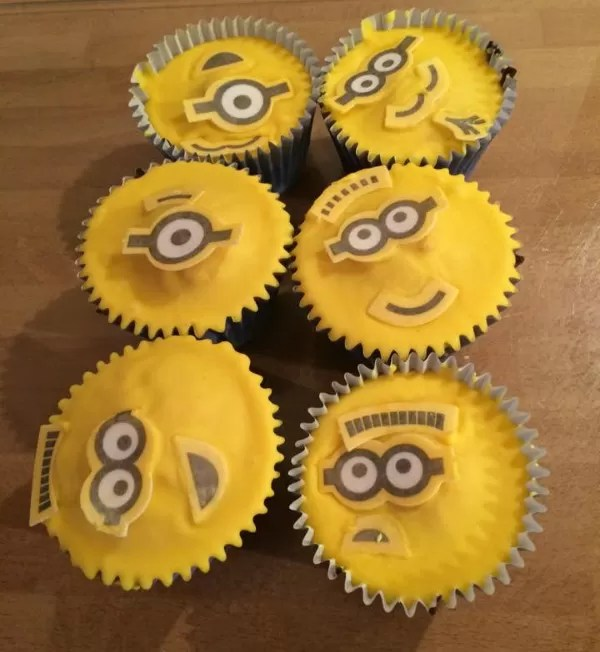 Minions cupcakes - The Olivers Madhouse