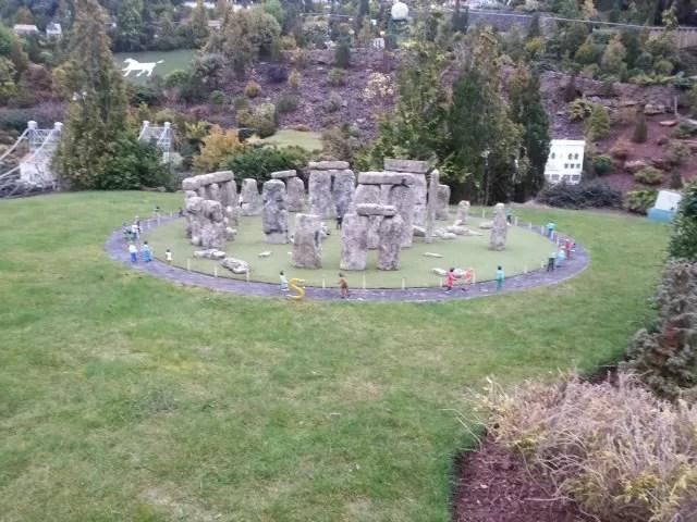 Mini stonehenge at Babbacombe