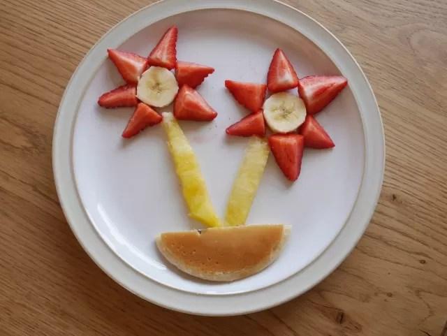 fruit salad face and flower design