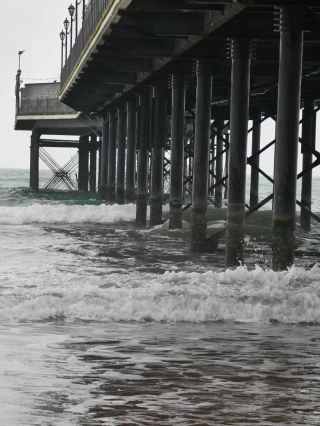 paignton pier from the side