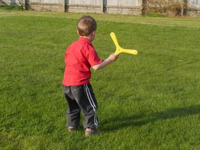 ready to throw his boomerang