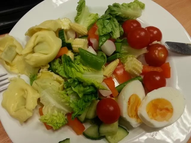 healthy salad lunch