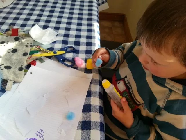 crafting dinosaurs