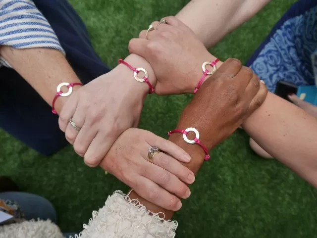 Oxfordshire bloggers and Merci Maman bracelets. at Britmums Live