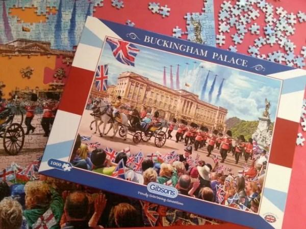 Gibsons Buckingham Palace jigsaw puzzle