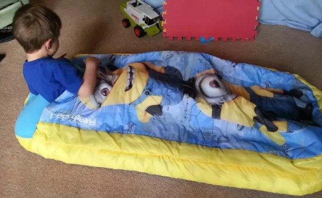 Trying out the Minions readybed