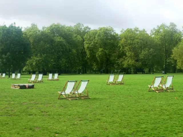 deck chairs in Green Park