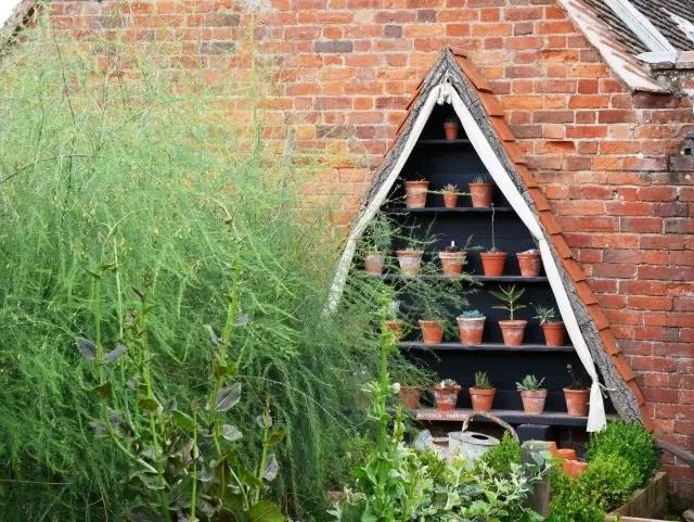 kitchen garden at Packwood House